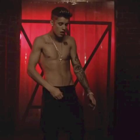 Kidrauhl – The All That Matters music video izle