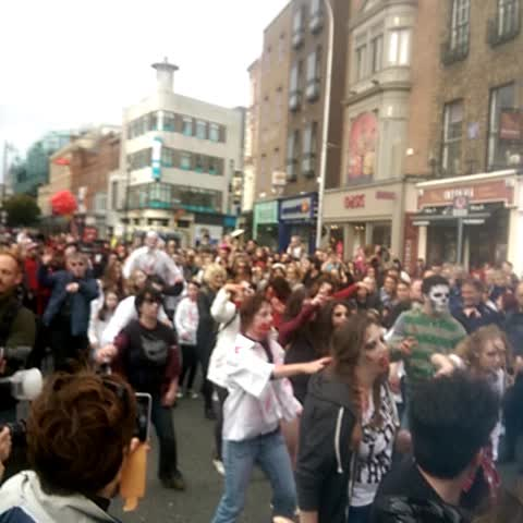 lots of love for the zombies here @bramstokerdub #bitemedublin #dublin - Darragh Doyles post on Vine