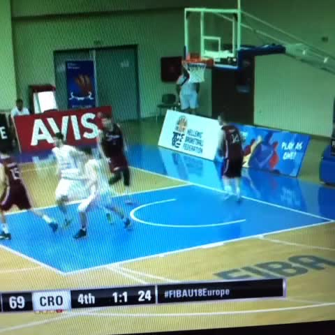 Vine by heinnews - Amazing 3-pointer by Eduards Hazners to force overtime at #FIBAU18Europe