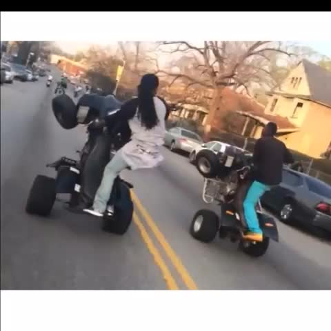 THEREALYOUNGROs post on Vine - Baltimore city an we got all the bikes - THEREALYOUNGROs post on Vine
