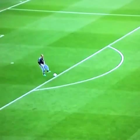 Divano Football Club.Watch F C Inda S Vine Il Miglior Portiere Della Terra In