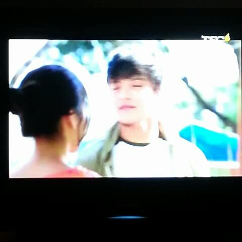 """hindi pwede...impossible..."" - #chichay ""aaahhhhh!!!!!"" #kiligs #kathniel #G2B - Vine by Pauline Isabel - ""hindi pwede...impossible..."" - #chichay ""aaahhhhh!!!!!"" #kiligs #kathniel #G2B"