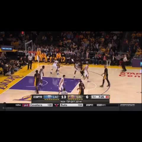 Kobe Rips Around Matt Barnes Reverse Slam - cjzeros post on Vine