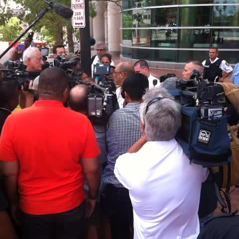 State Senator denied access to Justice Center to deliver petitions to remove #mcculloch from #MichaelBrown case. Eventually allowed in - Bills post on Vine