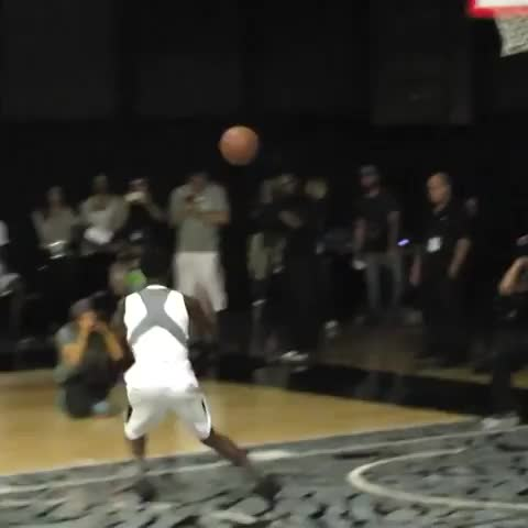 Full Court Prezs post on Vine - Kwe Parker has bounce! - Full Court Prezs post on Vine