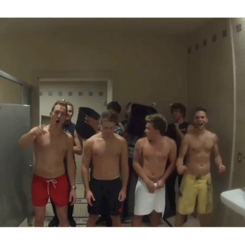 Josh, Dan, Jon and Sandy on fait le Ice Bucket Challenge