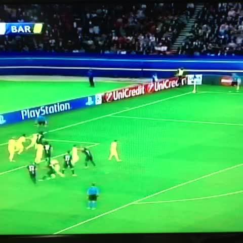 William Alfaros post on Vine - Gol del PSG, gol de Verrati para 2-1 ante el Barça - William Alfaros post on Vine