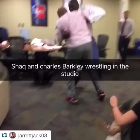 Vine by Bleacher Report - When legends collide... (jarrettjack03/IG)
