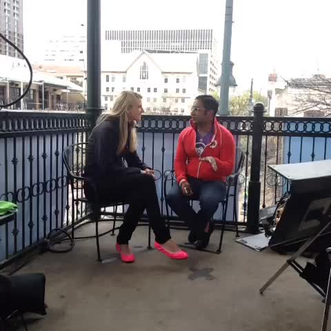 Ken Yeungs post on Vine - UP Globals @shaunacausey interviewing @getchutes @gregarious RE founder stories #sxsw #selfiemade - Ken Yeungs post on Vine