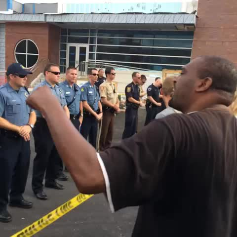 Heated protestor in #ferguson - ryanjreillys post on Vine