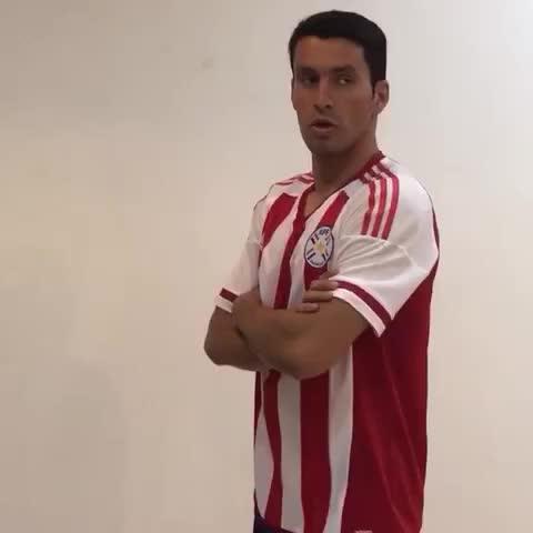 Vine by Selección Paraguaya de Fútbol - ⚪️🔴 Cristian Riveros de vuelta a la #Albirroja 💪🏼🇵🇾