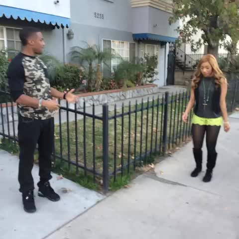 Simone Shepherds post on Vine - Ooo he wasnt talking 2 me! Donnivin Jordan, Kiya Roberts Ad:Submit your video & get n Airheads commercial airheadsneeded.com #AirheadsNeeded - Simone Shepherds post on Vine