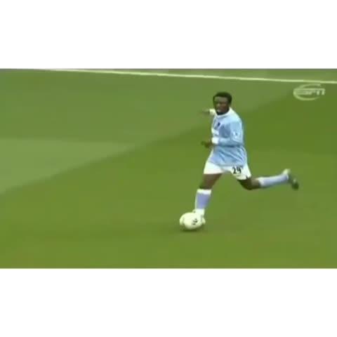 Vine by Soccer God™ - Shaun Wright-Phillips is a #soccergod #beast #soccer #football #bpl #epl #goal #futbol #mancity #edit #zeme #newcastle #ksi