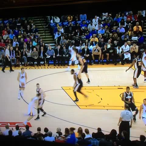Sam Lairds post on Vine - These Warriors play beautiful basketball. - Sam Lairds post on Vine