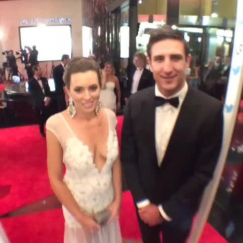 AFL Brownlows post on Vine - Pav looking sharp! Enjoying the #SwisseRedCarpet ahead of the #Brownlow Medal. - AFL Brownlows post on Vine