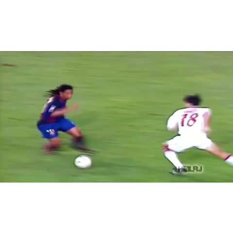 Bestsoccergoalss post on Vine - Ronaldinho! #legend #bestsoccergoals #Vidlab - Bestsoccergoalss post on Vine