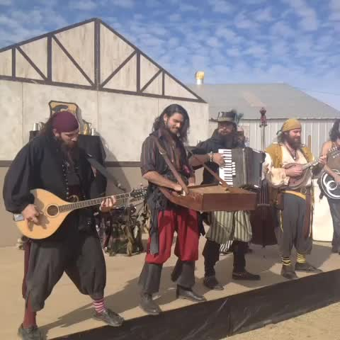 Two Rivers Renaissance Faire #yuma #vine