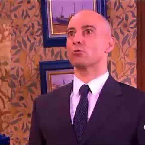 Me encantó la aparición de Eminem en Aquí no hay quien viva - Vine by Hibiki - Me encantó la aparición de Eminem en Aquí no hay quien viva
