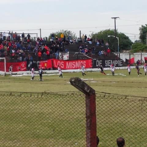 Vine by Arenga Deportiva - 📹 | Sergio Oga abre el marcador y pone #Amalia 0 - #CentralNorte 1. #FederalB ⚽