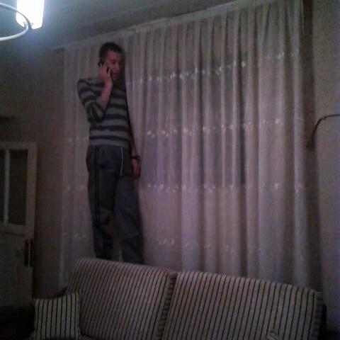 Yiğit Bozlu – telefonla konuşurken ben. izle