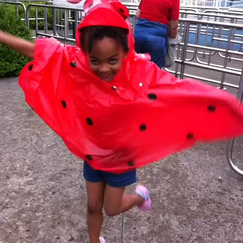 There's a giant #ladybug #dancing around the theme park La Ronde #mtl #MTLMoments #Montreal #ChonillaSisters