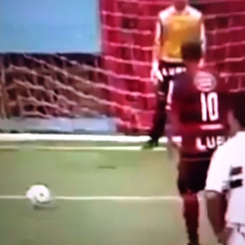 alt-3 sports SMs post on Vine - Penalty fail - alt-3 sports SMs post on Vine