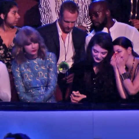 tim burkes post on Vine - Meanwhile, this is what Taylor Swift is doing - tim burkes post on Vine
