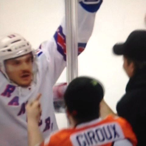 Classy Carcillo - GOLDonNHLs post on Vine