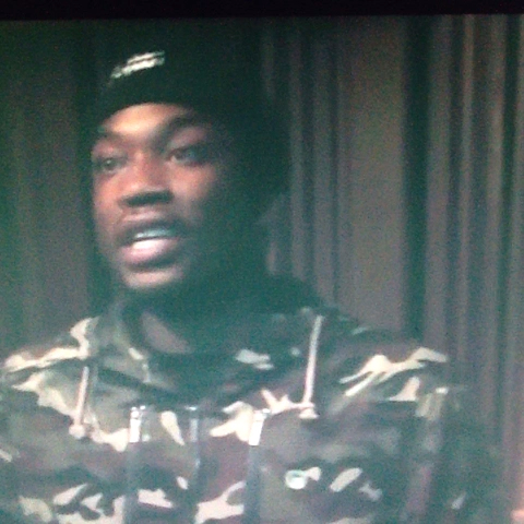 Kozubs post on Vine - YOOOOOO MEEK MILL IS FIRE - Kozubs post on Vine
