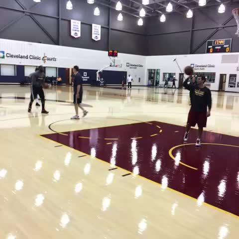 Cavss post on Vine - LeBron & Kyrie shooting together to close out todays 1st session. - Cavss post on Vine