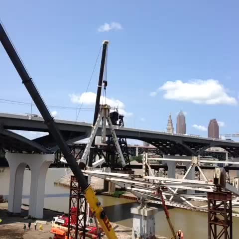 Jim Ridges post on Vine - Steel is flying at #ODOT  #Innerbelt Bridge #CuyahogaRiver - Jim Ridges post on Vine
