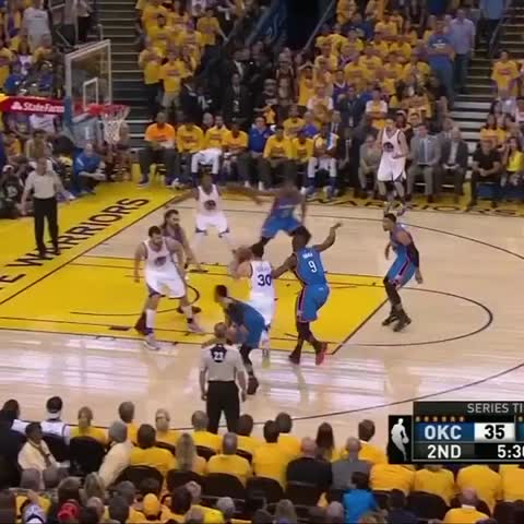 Vine by NBA - Klay with an effortless fake and jumper on NBA on TNT! #NBAVine
