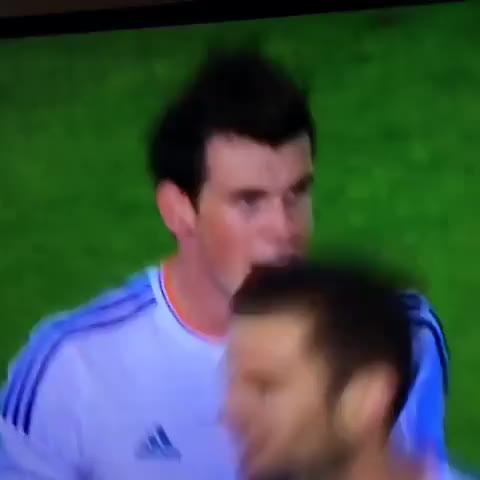 Ronaldo congratulates Bale on his wonderful goal! Follow @Footy_Vines on Twitter! - Footy Viness post on Vine