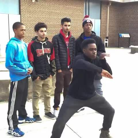 People will always manage to fit in the Shmoney Dance, no matter what situation... W/ GirlsLoveCj #DanceBattle (Ext. on IG @_mikeyymikee - Vine by Metroo - People will always manage to fit in the Shmoney Dance, no matter what situation... W/ GirlsLoveCj #DanceBattle (Ext. on IG @_mikeyymikee