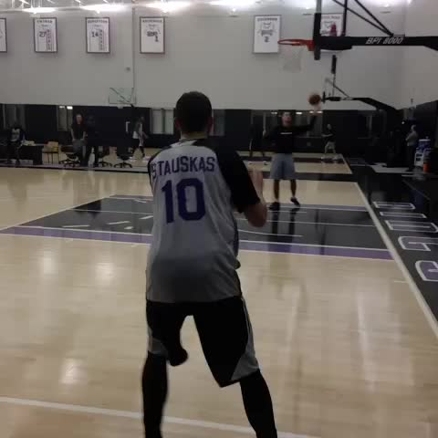 Sacramento Kingss post on Vine - After missing Mondays game, Nik Stauskas is back at it!  #SacramentoProud - Sacramento Kingss post on Vine