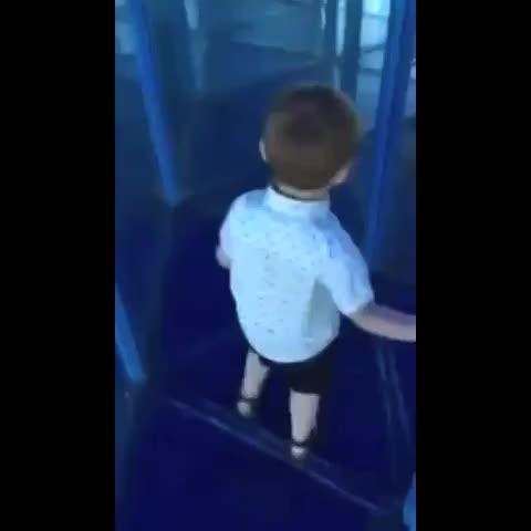 Vine by UNILAD - Everybody remembers being this poor kid