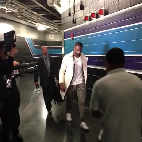 Vine by NBA - Dwyane Wade of the @MiamiHEAT arrives for Game 6 in Charlotte! #NBAPlayoffs #NBAVine