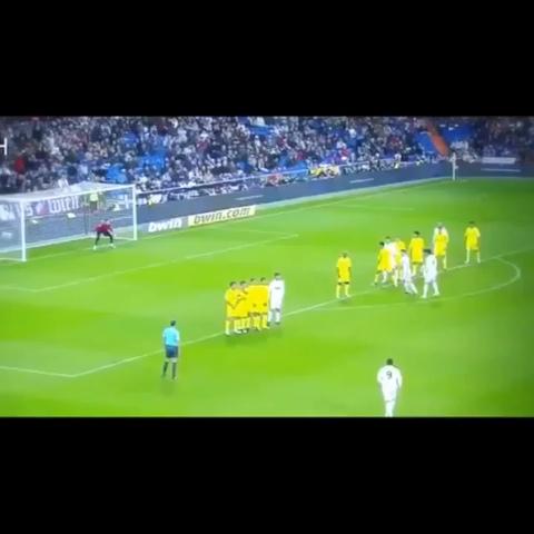 Ronaldo. Freekick. That is all. - CR7 Viness post on Vine