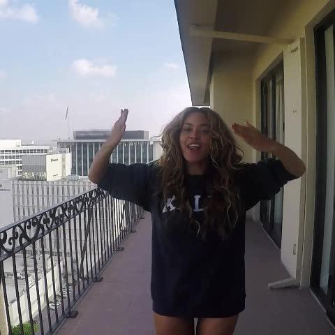 Nicki Beyoncé Rihannas post on Vine - yass Beyoncé 💋 new song called 7/11. - Nicki Beyoncé Rihannas post on Vine