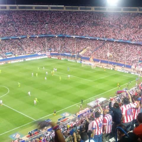 Atletico_MDs post on Vine - ¡El Calderón enloquece con el #Atleti tras el 1-0 de Arda Turan! #Atleti #UCL - Atletico_MDs post on Vine