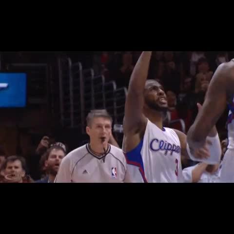 Vine by The Cauldron - Chris Paul Screaming At DeAndre Jordan To Shoot