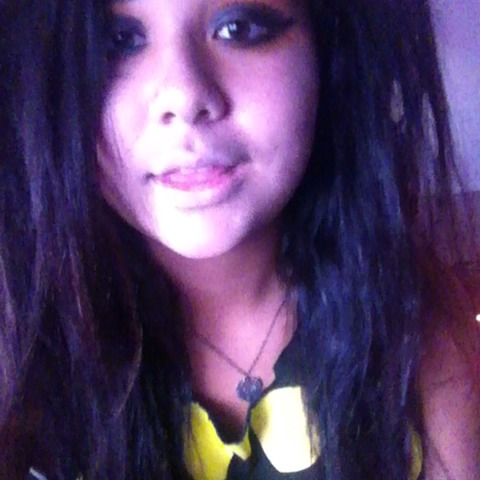 Vine by They Call Me Crazy Layla - RAWRRR :* ^.^ #rawr #scenequeen #scene #pretty #revine #girl #cute #botdf #sws #hxc #screamer #adorable #iloveyou #famous