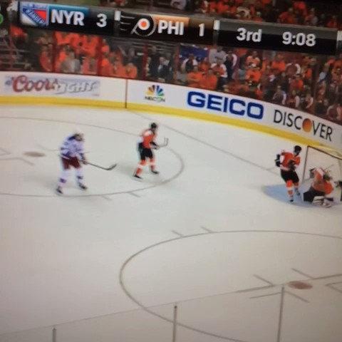 Why the #NHL playoffs are the best. #hockey #Carcillo #Rangers #Flyers #FuckYouMotherfucker - PJ IIIs post on Vine
