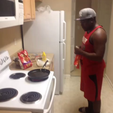 How Niggaz Cook They Fries ???? Ft. J_Love - FlightToLAs post on Vine