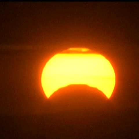 Heavenly: A partial solar eclipse is happening today. Best viewing times and weather conditions are on #TodayinLA at 6:40. @crystalNBCLA - NBC Los Angeless post on Vine