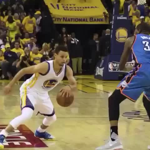 Vine by MrBasketBlog - Steph came to play tonight! #nba #nbaplayoffs #stephencurry #Curry #dubnation