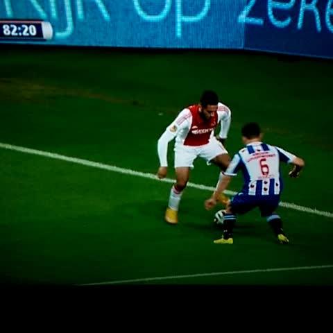 Ajax Türkiyes post on Vine - Kishna skills! #AJAhee - Ajax Türkiyes post on Vine