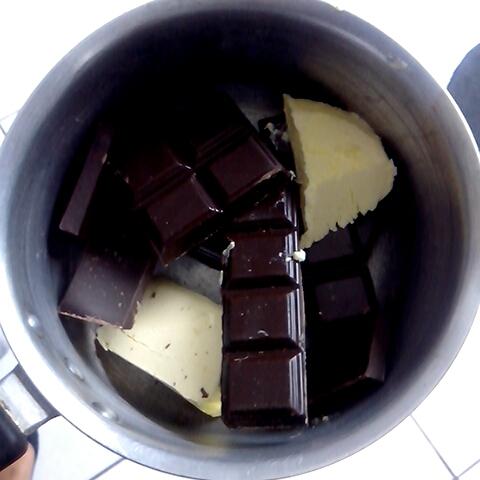 Yummy Chocolate Cake Pics