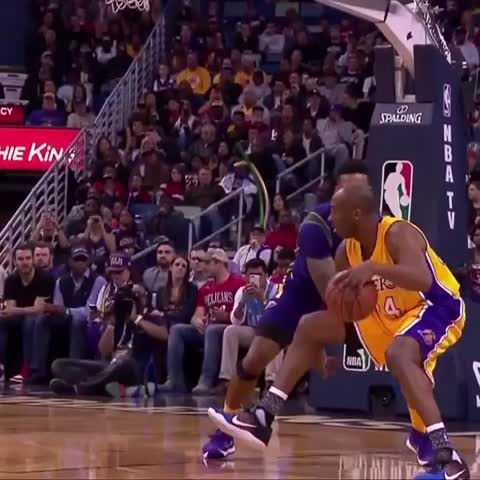 Vine by NBA - Kobe Bryant...the art of the fadeaway! #NBAVine #Vino