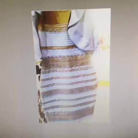 Confusing dress picture color